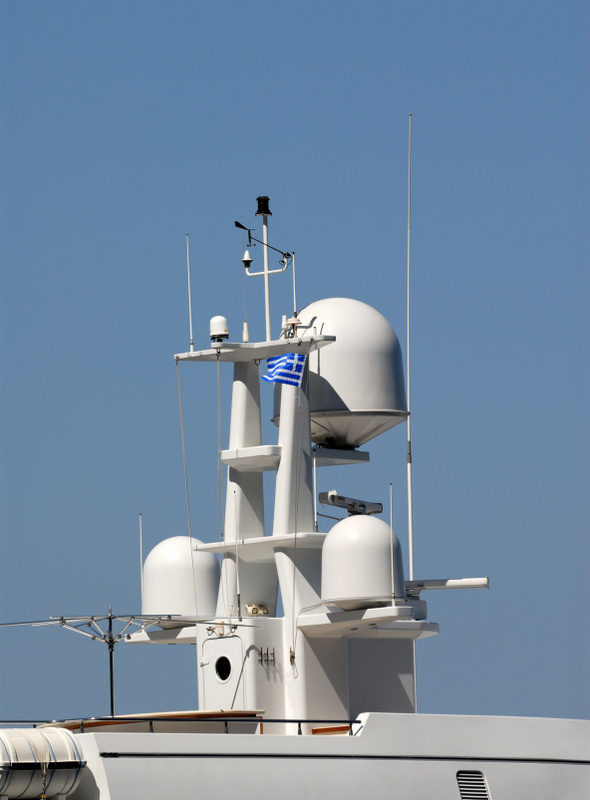 Fleet Broadband Communication Systems